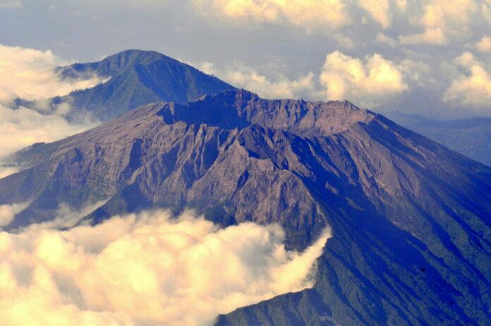 mount raung erupted
